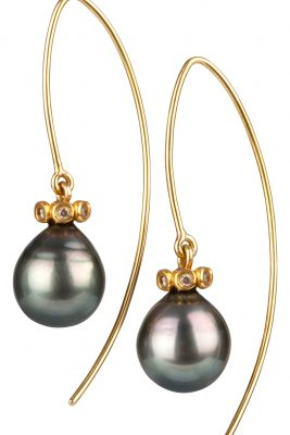 AMOC-Gold-Tahitian-Pearl-Earrings-High-Res