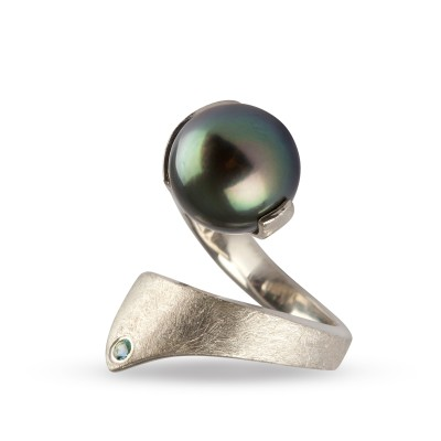 AMOC-Silver-Fluted-Lily-Ring-High-Res